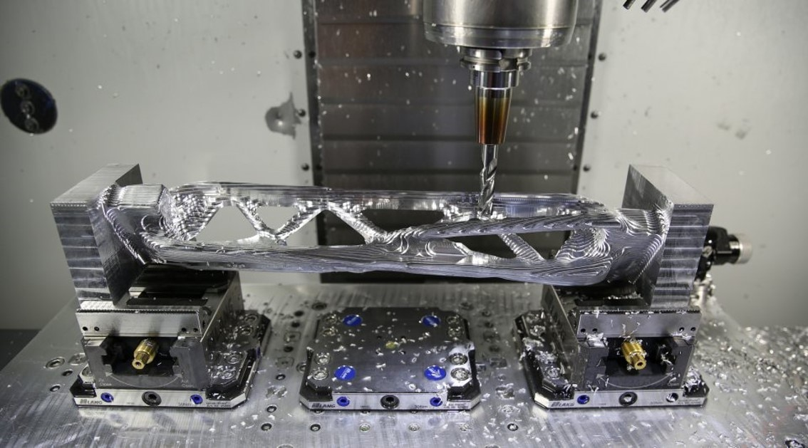 Generative design, additive manufacturing and CNC machining helped JPL to build a new interstellar lander | Aerospace | Autodesk