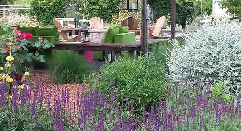 Jardín floral de Nature's Designs