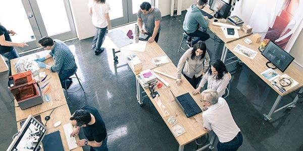 Diseñadores que utilizan software compatible con Mac