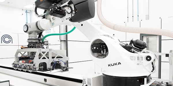 Manufacturing and industrial robots
