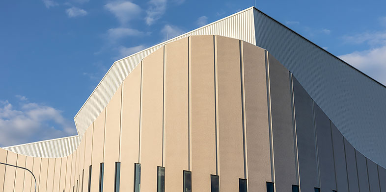 Geometric rooflines of the Sydney Coliseum constructed by Hansen Yuncken