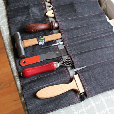 How to make a tool roll by Adrien Segal