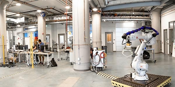 Autodesk BUILD Space brings innovators together to work and exchange ideas