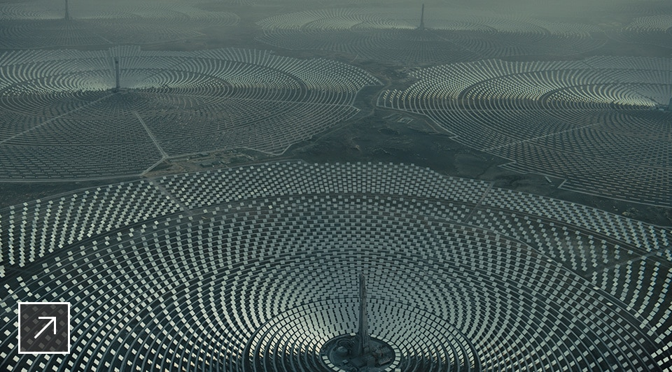 The solar farm sequence was refined multiple times, as the Framestore team changed the light and appearance to match the director's evolving vision.