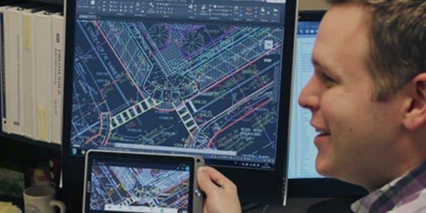 Il visualizzatore CAD per AutoCAD 360 consente di lavorare più velocemente e senza bisogno di supporti cartacei