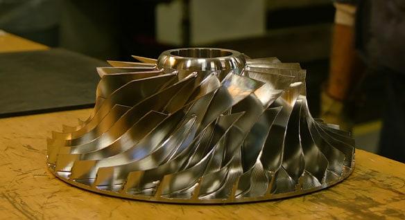 동영상: 한 업체에서 압축기의 임펠러를 모델링하는 데 필요한 시간을 2일에서 15분으로 단축한 방법 알아보기