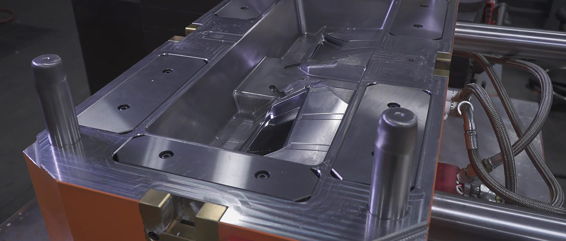 Video: Mould manufacturer uses PowerMill and Fusion 360 to serve the aerospace, automotive and medical sectors