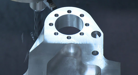 Video: See how a manufacturer uses 5-axis toolpaths to reduce machine setups