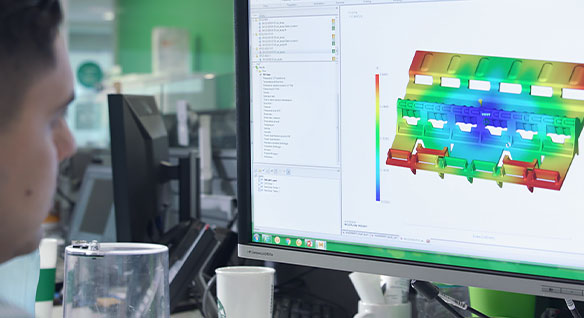 Video: Schneider Electric uses Moldflow to quickly run through and evaluate multiple geometries to meet technical requirements