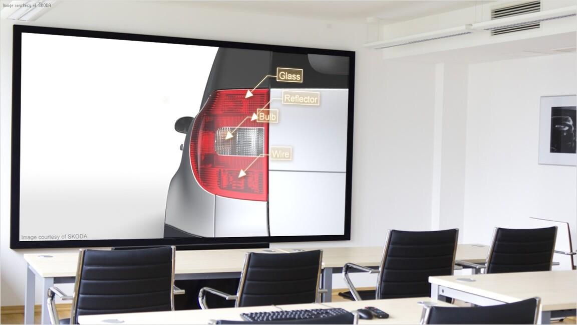 Use VRED Presenter 3D presentation software for internal and external presentations
