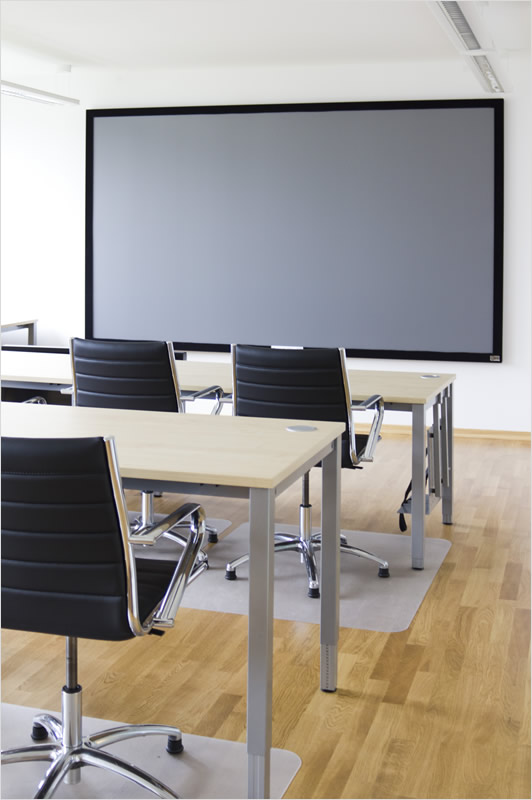 VRED supports a wide range of display options for product presentations