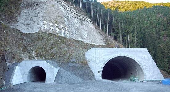 Mikusa tunnel on the Kinki Highway Kise Line